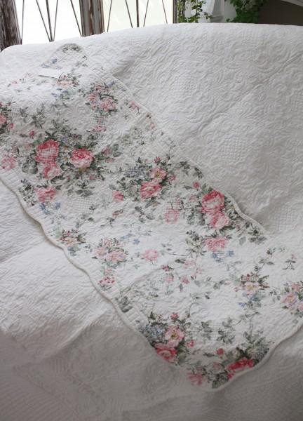トリアノン フラワーキルト マット(50×120cm)キッチンマット  キルティング 布製 アンティーク風 フレンチカントリー シャビ