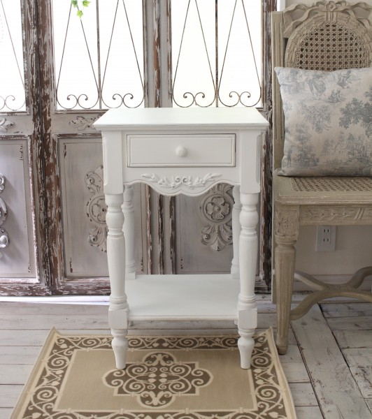 アンティークなナイトテーブル 白家具 カントリーコーナー Country Corner ROMANCE ロマンス・コレクション ナイトテーブル ベッ