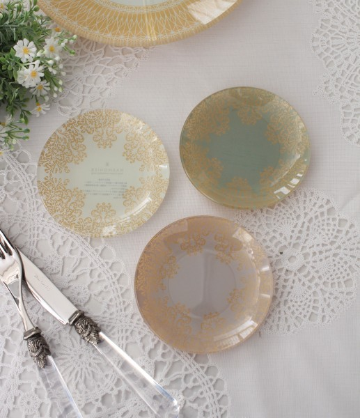トリアノン・ガラス食器 ミニプレート3枚セット(ラウンド) ガラス製 小皿 輸入食器 アンティーク風 アンティーク 食器 雑貨