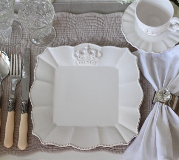 ロイヤルクラウン ディナープレート スクエア フレンチカントリーな王冠モチーフシリーズ アンティーク 食器 フランス アンティ