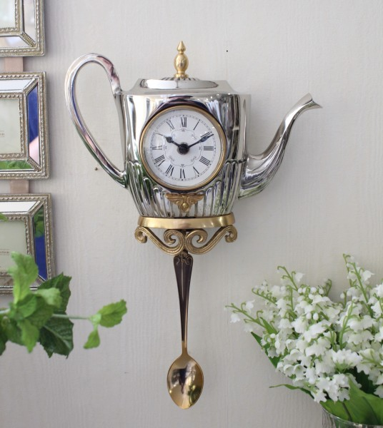 ティーポット掛け時計 8448 振り子時計 シルバー ブラス製 アンティーク風 シャビーシック フレンチシャビー 姫系 ウォールクロ