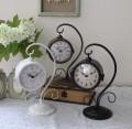 アンティークな両面置時計 (オフホワイト・ブロンズ・ブラック) テーブルクロック 可愛い アンティーク風 シャビーシック フレ