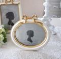 フレンチリボン フォトフレーム 楕円 オーバル ホワイト ゴールド 写真立て 可愛い アンティーク風 アンティーク調 姫系 シャビ