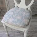 撥水 チェアパッド ブルーフラワー 43×45cm はっ水 ジャガード織 布製 レース チェアクッション 椅子クッション フラワー 花柄