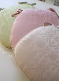 ダマスクローズ チェアパッド 紐付き シートクッション 撥水(ローズ・グリーン・ライトブラウン)椅子クッション ダマスク柄 薔