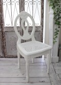 シャビーシックなダイニングチェア ダイニングチェア アンティーク 木製 チェア フレンチカントリー アンティークホワイト 白 ア