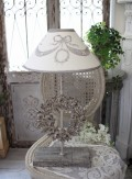 ★SALE・30★ Coquecigrues コクシグル フランス★ 卓上ランプ・テーブルランプ(ウッドリース) LED リボンモチーフ