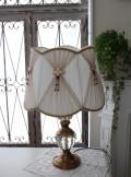 ロココ調のテーブルランプ【アンティークゴールド×ビーズシェード】 卓上ランプ 大型 ヨーロピアン ライト 照明