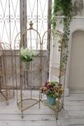 アンティーク風のお洒落なディスプレイスタンドL(ゴールド) 花台 棚 アイアン製 シャビーシック アンティーク 雑貨 アンティ