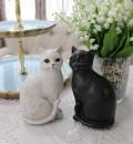 アンティークキャットの置物(2個セット) 猫 オブジェ かわいい シャビーシック 白 アンティーク調 アンティーク 雑貨 アンテ