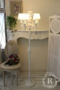 フロアランプ シャンデリア アンティーク フレンチ 姫系 アンティーク風 シャビーシック アンティークホワイト  白いシャンデリ