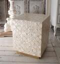 アンティークなシェル製 サイドテーブル (角型) 花台 シャビーシック ナイトテーブル ベッドサイドテーブル アンティーク風 モロ
