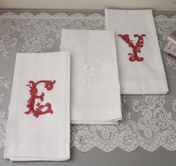刺繍が美しいポルトガルのホームリネン(ゲストクロス サイズ・55×66cm)テレーザ・アレクリム ウィンドウカーテン カフェカ