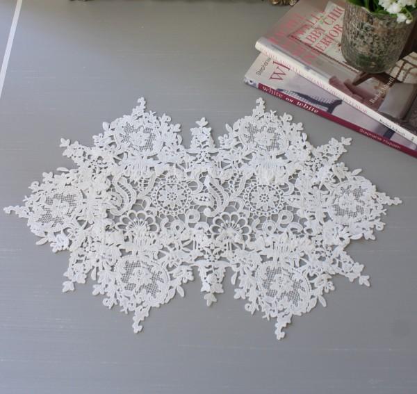 フィブランシェシリーズ(テーブルセンター 35×47cmオーバル)レースドイリー 布製 ホワイト 敷物 テーブルセンター オーバル