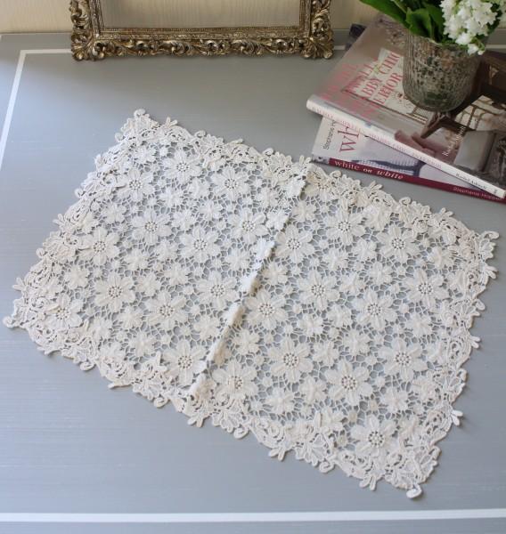 アンティークフルールシリーズ(センター30×45cm角)レースドイリー テーブルセンター 布製 ホワイト 敷物 アンティーク アン