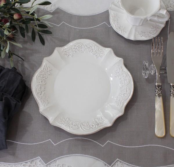 シャビーシックなフレンチ食器 パリスシリーズ ケーキプレート ケーキ皿 アンティーク調 アンティーク風 陶器 白 アンティーク