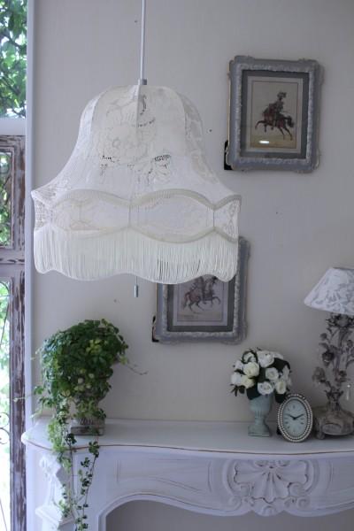 フランスレースの美しいランプシェード(オフホワイトM) 天井照明 布シェード ハンギングランプ アンティーク お洒落 フレ