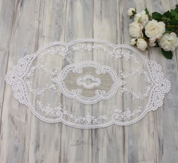 シャビーシックなレースのテーブルセンター(スモール)ベージュ×ホワイト ドイリー テーブルランナー 布製 刺繍 アンティ