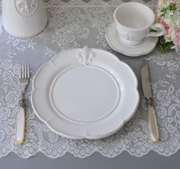 白い食器 プレート(リリーシリーズ)平皿 ディナープレート お皿 おしゃれ アンティーク 食器 アンティーク風 フレンチカントリ