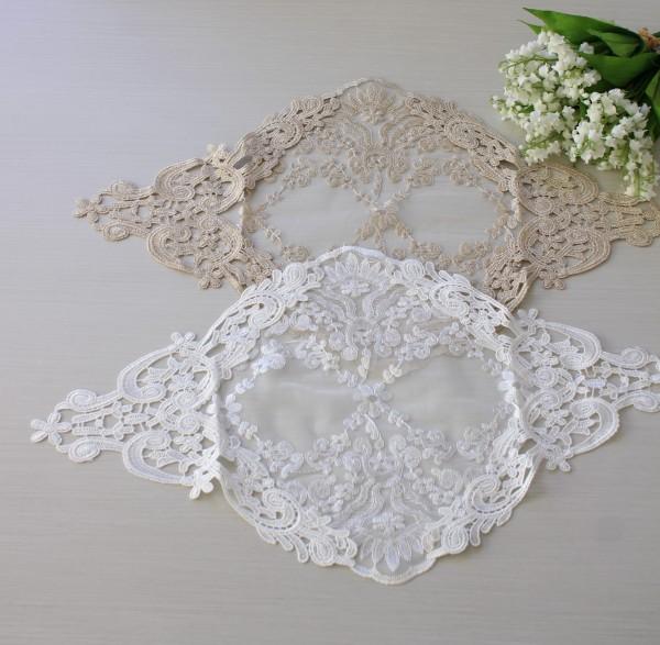 アンティークなレースのテーブルセンター 50cm(12214)ベージュ ホワイト ドイリー テーブルランナー 布製 刺繍 アンテ