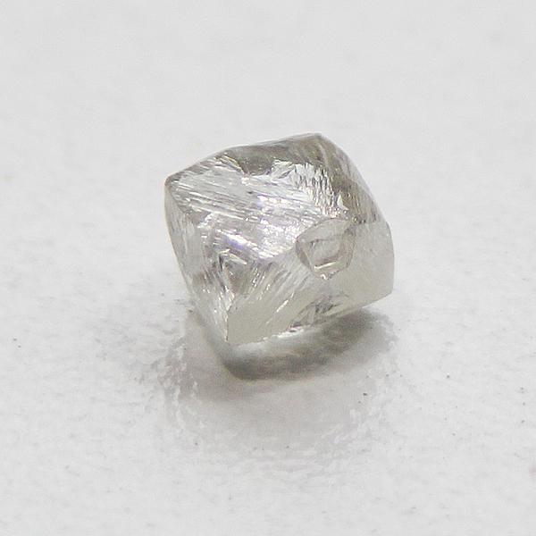 ダイヤモンド原石1.023ct.