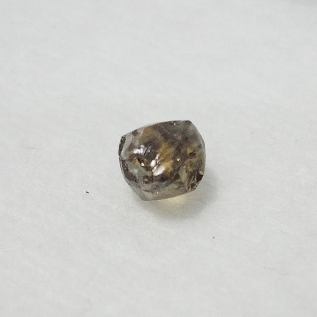 ダイヤモンド原石