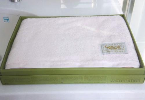 Tenerita超甘撚りふわふわオーガニックバスタオル!ピンク(ご希望でクマのぬいぐるみ付(無料))