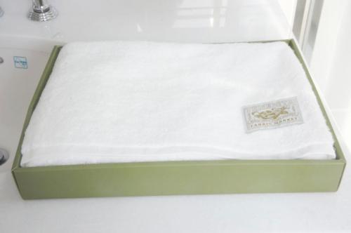 Tenerita超甘撚りふわふわオーガニックバスタオル!ホワイト(ご希望でクマのぬいぐるみ付(無料)