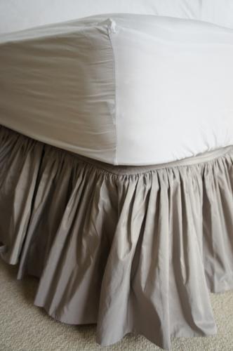 タフタ ベッドスカート