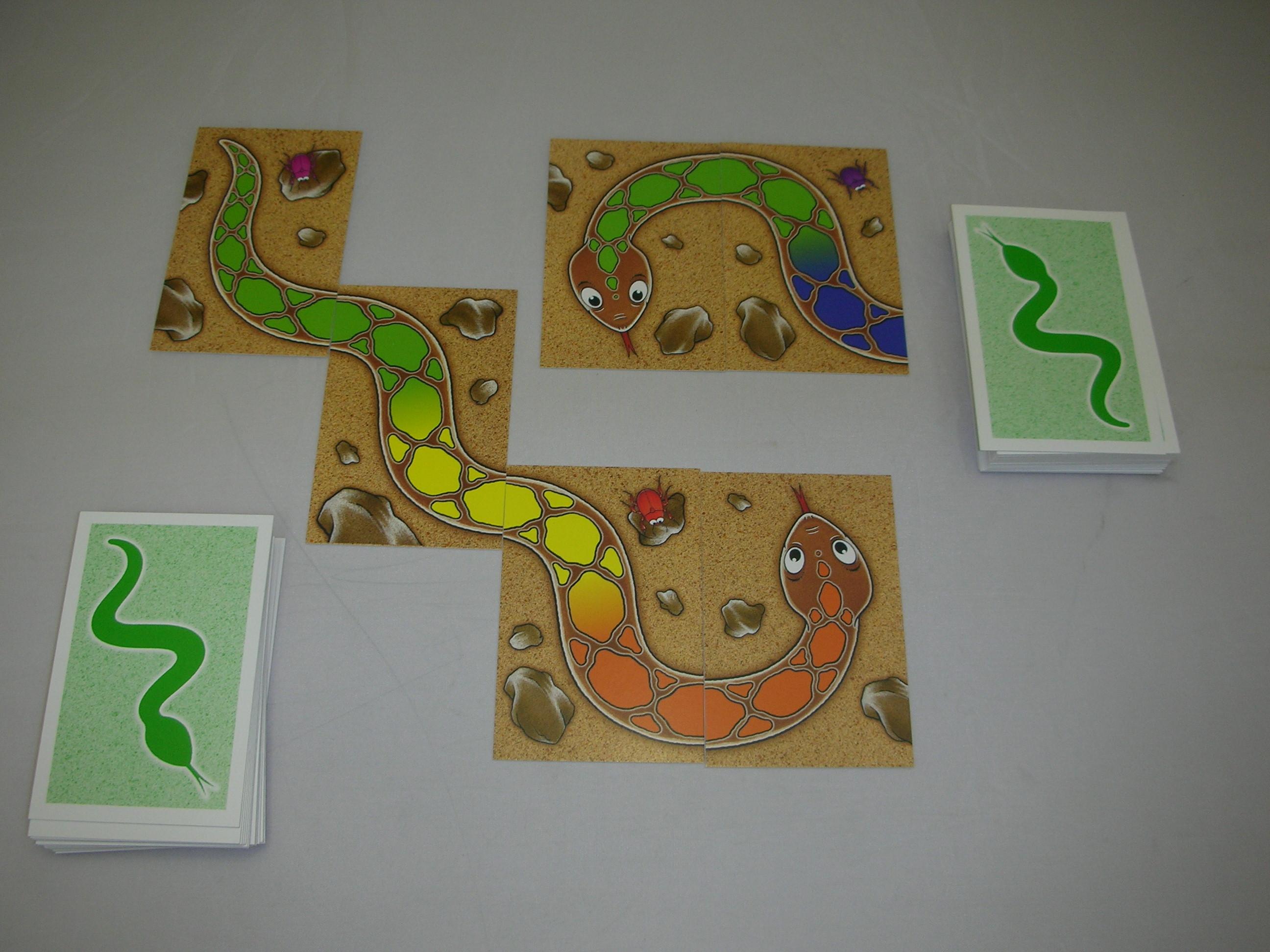 虹色のへび 〜カードをつなげてレインボースネークを完成させよう。〜