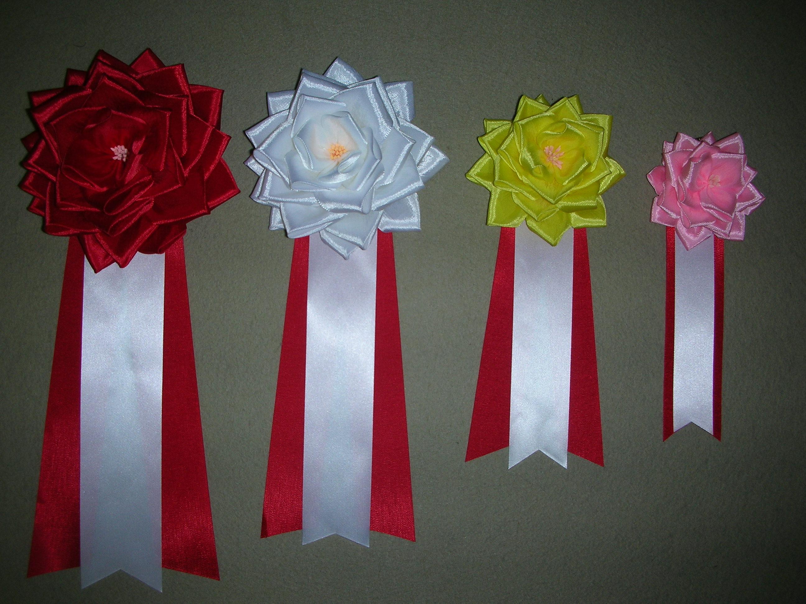 リボンバラ・中 〜式典用の胸につけるバラです。〜