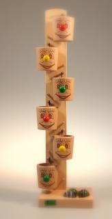 ローラーカップ 〜カップからカップへ、カタカタと玉が流れていきます〜
