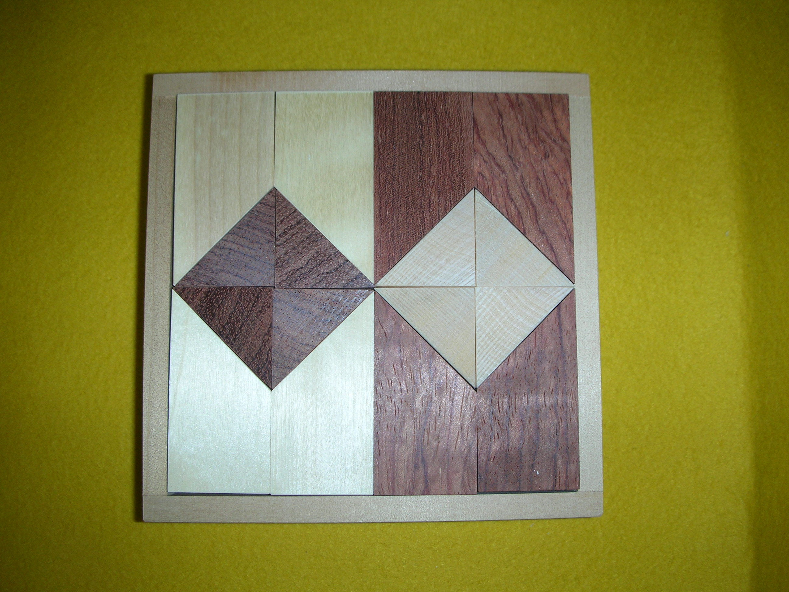 ツートンブロック ~平面と立体のパターン遊びができます。~