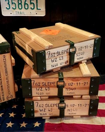 ポーランド軍アンモボックス アンモボックス ミリタリー木箱 ミリタリーボクス 男前インテリア アメリカ雑貨屋 サンブリッヂ