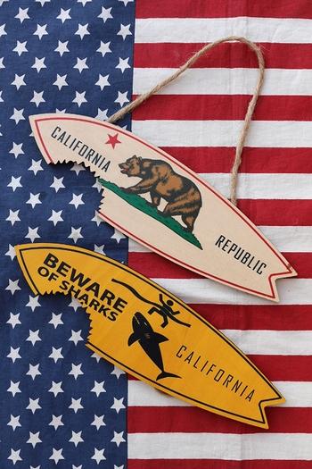 カリフォルニア木製看板 カリフォルニア CALIFORNIA サーフボード ウッドサイン アメリカ雑貨屋 サンブリッヂ 通販