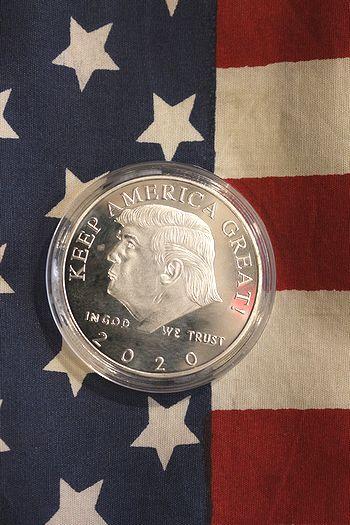 トランプ大統領 グッズ ドナルドトランプ2020記念メダル 大統領レプリカメダル アメリカ雑貨屋   サンブリッヂ アメリカン雑貨通販