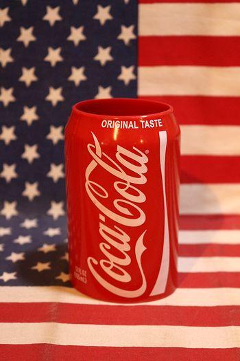 コーラシリコンスリーブ ビール缶ホルダー コカコーラ cocacola アメリカ雑貨通販 サンブリッヂ 通販商品
