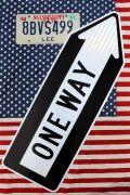 ハイウェイ看板/ワンウェイ看板 一方通行看板 アメリカ道路標識 ONEWAY アメリカ雑貨通販