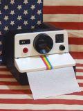 ポラロイドカメラ型トイレットペーパーホルダー POLAROLL トイレ アメリカ雑貨屋 SUNBRIDGE