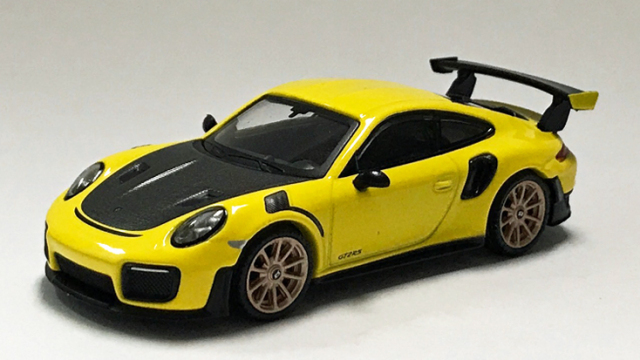 Mini Gt Porsche 911 GT2 Rs Rennsport Gelb MGT00136 1//64