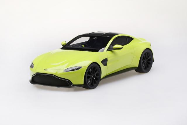 Top Speed 1/18 アストンマーチン ヴァンテージ 2018 ライムエッセンス