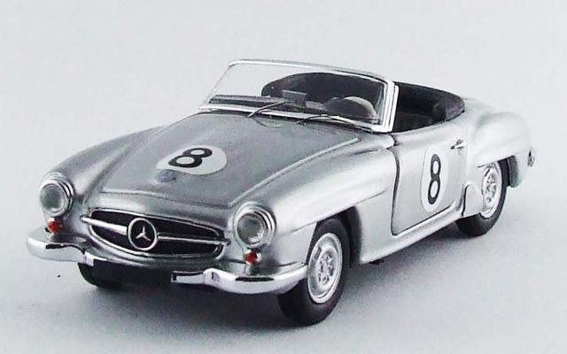 RIO 1/43 メルセデス 190 SL マカオ GP 1956 D. Steane #8 優勝車