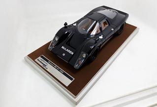 TECNOMODEL 1/18 マクラーレン M6 GT グロス マクラーレン ブラック 1969