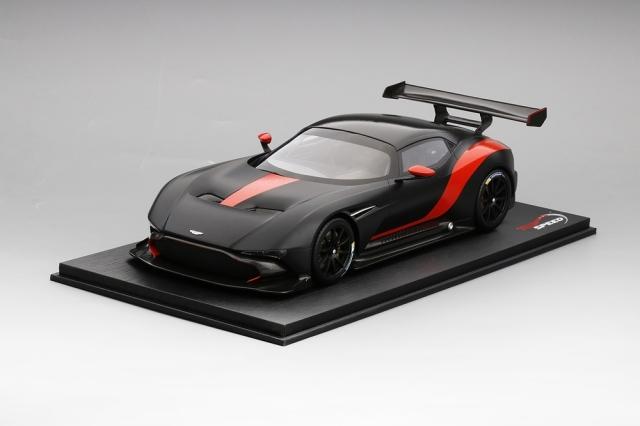 Top Speed 1/18 アストンマーチン ヴァルカン マットブラック/レッドストライプ