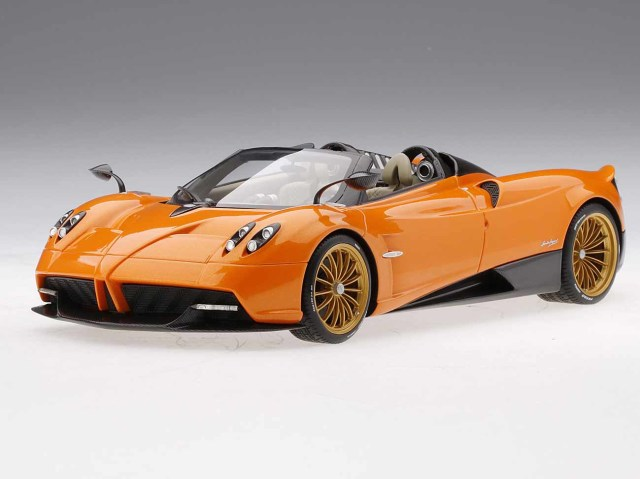 Top Speed  1/18 パガーニ ウアイラ ロードスター (オレンジ)