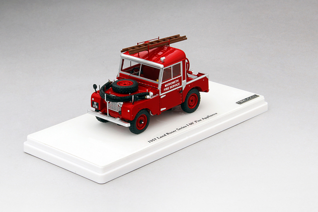 TSM 1/43 ランドローバーシリーズ I 88 1957 消防機器車