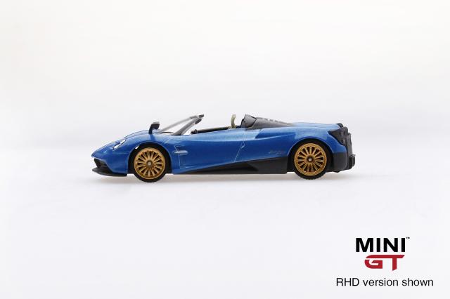 MINI GT 1/64 パガーニ ウアイラ ロードスター ブルーフランシア (右ハンドル)