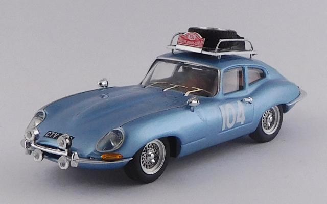 BEST MODEL 1/43 ジャガー E タイプ クーペ モンテカルロ ラリー 1965 #104 Pinder / Pollard