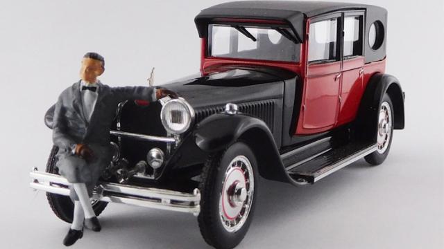 RIO 1/43 ブガッティ タイプ 41 ロワイヤル 1927 Mr.Bugattiフィギュア付
