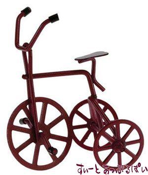 大きな赤い三輪車 IM65340